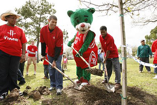 Shane Battie plants a tree in his local community. In case you hadn't heard.