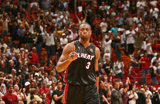 dwyane wade dunking on someone. dwyane-wade-my-house